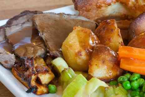 The Thatched Tavern - Sunday Roast For Two Four  - Save 52%