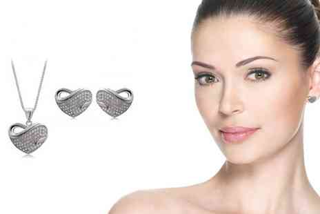 Sarabandi and co limited - Pendant & Earrings Set - Save 50%