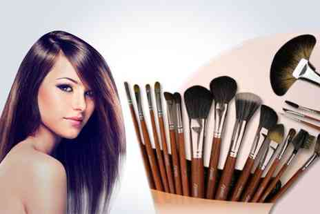 Lulu Bags - 18 piece make up brush set - Save 50%