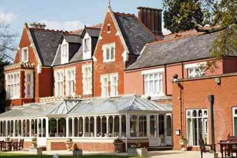 Hilton St Annes Manor - 3 Course Meal & Wine for 2 - Save 59%