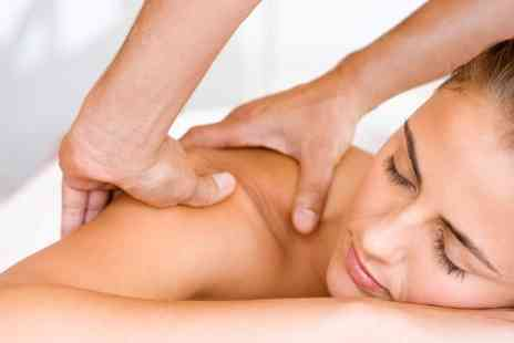 Synergy Health clinic - Deep Tissue Massage Plus Physical Assessment - Save 50%