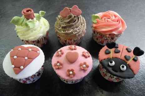 Teach Me Sugarcraft - Cupcake decorating course for one - Save 71%