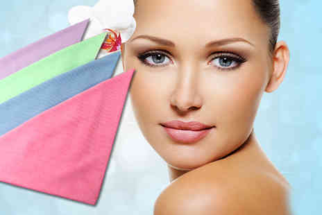 Bellezocom - Two microfibre microdermabrasion exfoliating face cloths - Save 68%