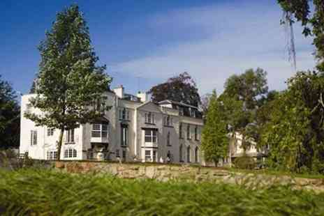 Winford Manor Hotel - One Night Stay With Breakfast Parking and Airport Transfers - Save 47%