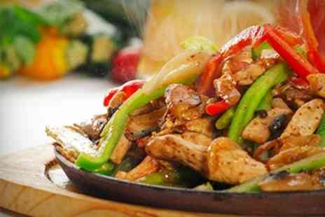 Favorit - Nachos Fajitas and Wine For Two - Save 50%