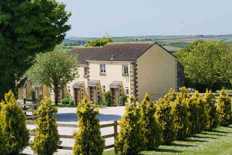 Carvynick Country Cottages - Get Together with Friends in Beautiful Cornwall - Save 40%