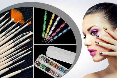 WEKSI - Ultimate nail art set including up to 1200 rhinestones - Save 50%