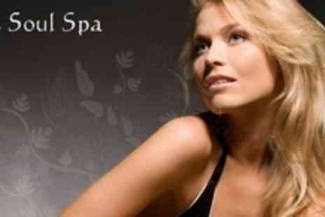 The Soul Spa - Cut, Conditioning Treatment, and Head Massage With Glass of Bubbly - Save 60%