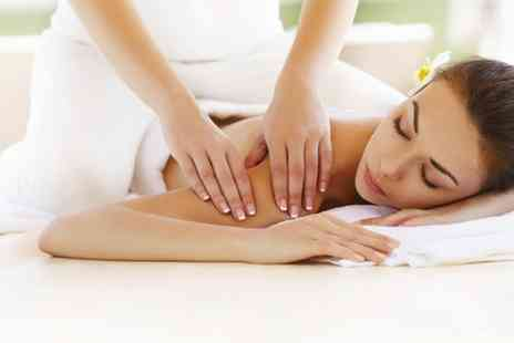 Dyenamix hair & beauty - One Hour Massage
