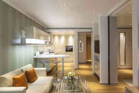 Cheval Three Quays - Experience contemporary London living at this brand new apartment complex, right on the River Thames - Save 38%