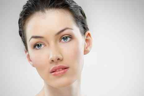 Chic Beauty - One Hour Bespoke Facial - Save 57%