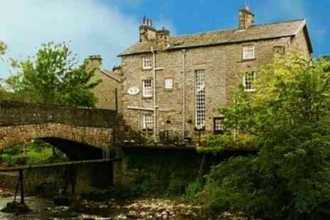 Bridge End Guest House - One Night Stay For Two at Yorkshire Dales - Save 42%