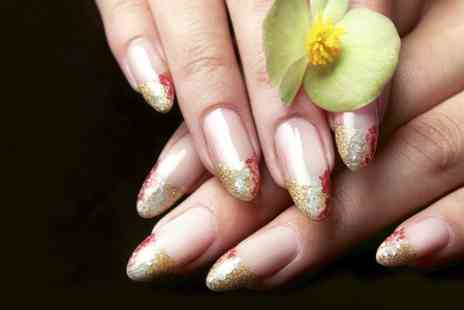 Head 2 Toe - Basic manicure or gel polish  - Save 64%