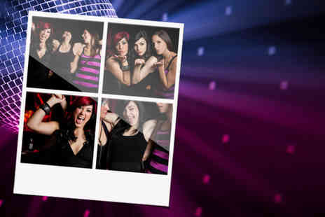 Seasons Photobooth - Three hour photobooth hire including unlimited photos USB - Save 56%