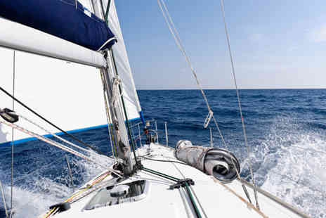 Heron Sailing - Half day sailing experience including breakfast - Save 56%