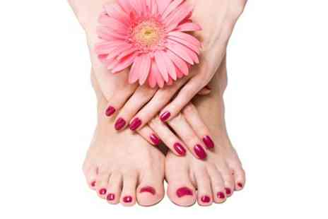 Melek Extreme Elegance - Manicure and Pedicure - Save 53%