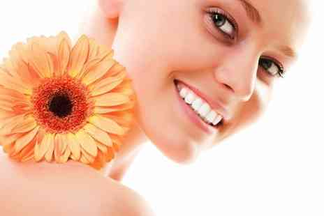 Flaunt Spa - Bespoke Pamper Package - Save 67%