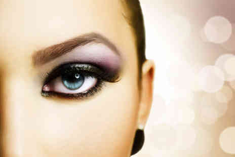 Fake Me Beauty - Eye makeover package including semi permanent lashes & LA brow treatmen - Save 63%
