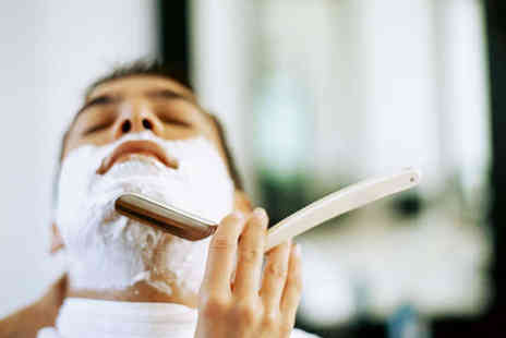 The Refinery - Mens Grooming Package Including Haircut Scalp Treatment - Save 59%