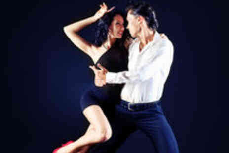 Tropikal Con Salsa - 10 Salsa Classes for One - Save 76%