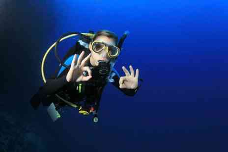 Divemaster Scuba - Two hour scuba diving lesson for 2 people - Save 64%