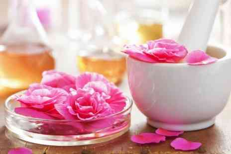 Buxton Spa Aromatics - Three Hour Perfume Making Course - Save 61%