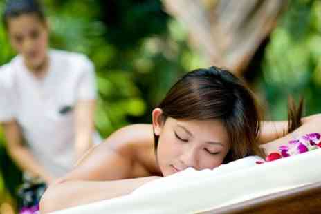 Obsidian Pyramid - Choice of Swedish or Thai massage - Save 57%