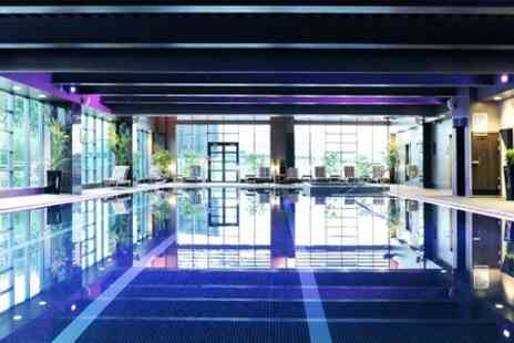 Village Hotel Swindon - 10 Health Club Day Passes - Save 50%