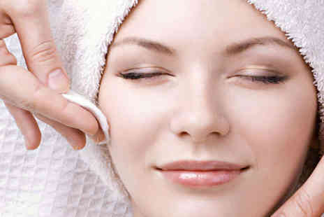 Gina Conway - Dual Exfoliation Power Peel Facial or Two Hour Harmonising Indulgence Facial and Massage  - Save 62%
