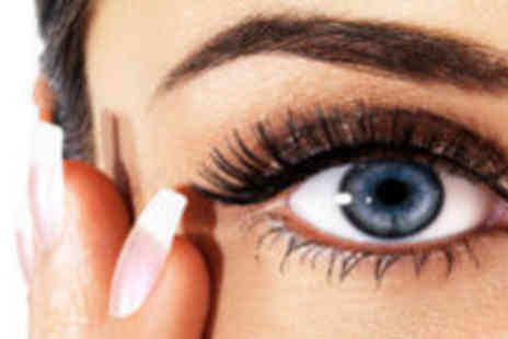 Selinas Nails Tans & Beauty - Pampering eye package - Save 72%