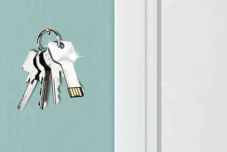 Eezee Lifestyle - Key shaped 8GB USB key - Save 58%