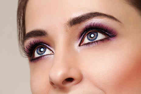 Bee Beautiful - 3D Brow 3D Lash and tint treatments - Save 74%