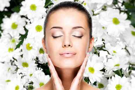 Paramount Healthcare - One hour full body aloe vera wrap and 30 minute luxury facial - Save 83%