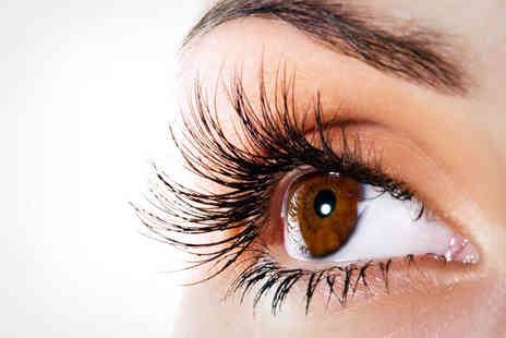 Luxe Lash - Full Set of Eyelash Extensions - Save 54%
