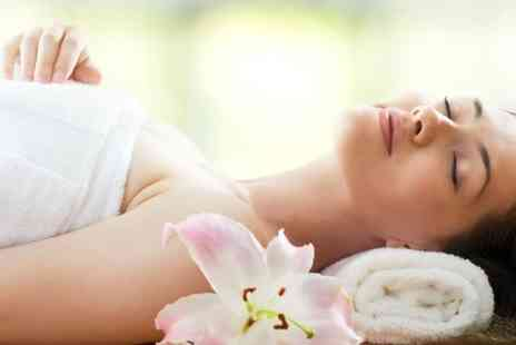 The Beauty Tree - 30 minute luxury spa manicure with hydro massage - Save 60%