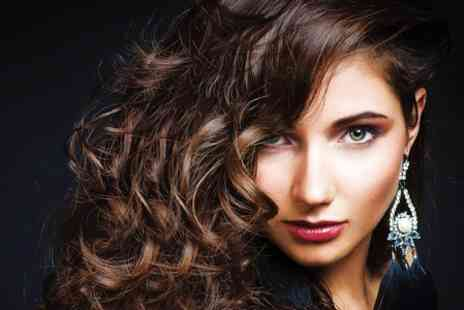 Amor Hair and Beauty - Cut and Highlights - Save 75%