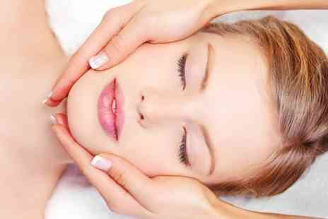 Lauretta De Luca - 60 minute CACI Facial - Save 58%