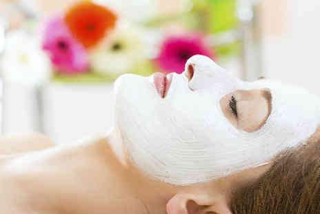 Treat Your Skin - Anti ageing facial - Save 50%