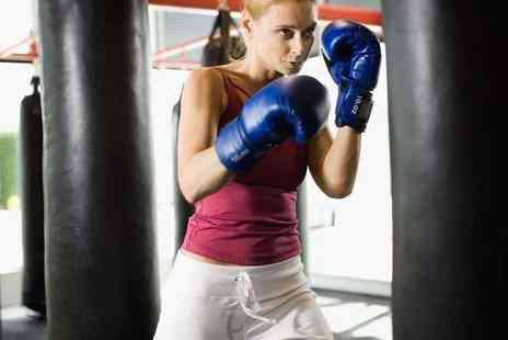 Paragon Gym - Six Week  Boxing or Kickboxing Course - Save 68%