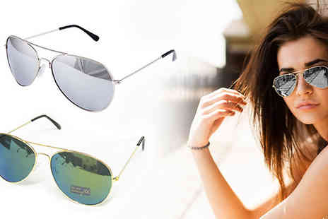 Onevolution -  Two pairs of aviator sunglasses - Save 87%
