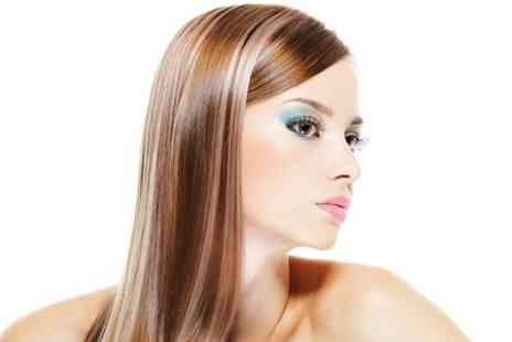 Dudley Evolve - Cut Blow Dry and Condition  - Save 50%
