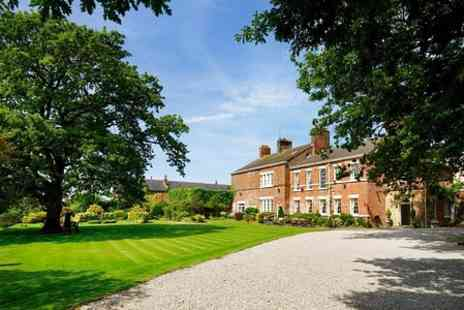 Singleton Lodge - One  Nights For Two With Breakfast and Wine  - Save 43%