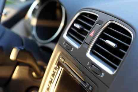 NaNarboroughwood Motors - Car Air Conditioning Service With Re Gas - Save 50%
