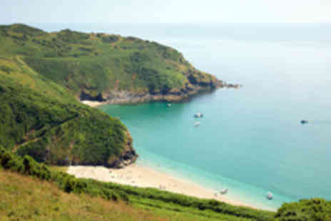The Snooty Fox - Picturesque Cornwall Getaway for Two - Save 48%