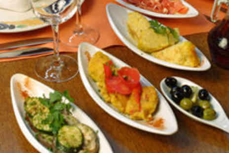 Evuna - Northern Quarter Tapas Meal with a Glass of Wine for One Person - Save 36%