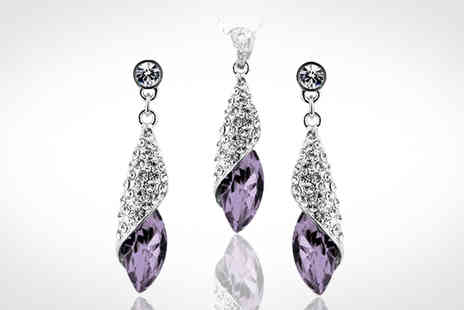 Savvy Mummys - This Stunning and Gorgeous Crystal Spiral Drop Necklace and Earring Set - Save 87%