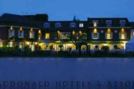 Macdonald Botley Park Hotel - Romantic Bed and Breakfast For Two With a Choice of Spa Treatments or Golf - Save 69%