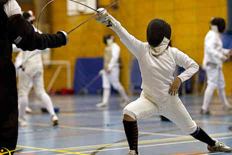 Central London Fencing Club - Two hour fencing taster session - Save 60%