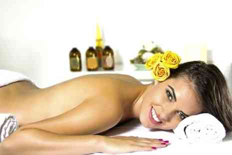 White & Beauty - Relaxation Treatment Including Scrub and Massage  - Save 0%