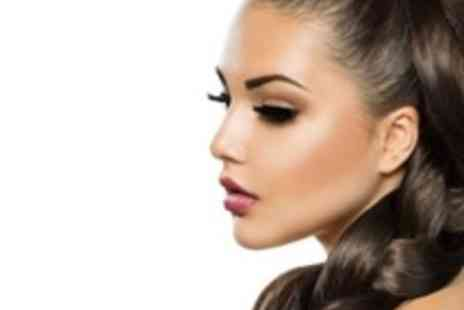 Flirt Lash & Blow Dry Bar - Nouveau semi permanent individual lashes  - Save 75%